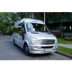 bus_mercedes_sprinter_519_0101_06.jpg